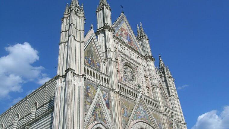 italian Gothic duomo orvieto