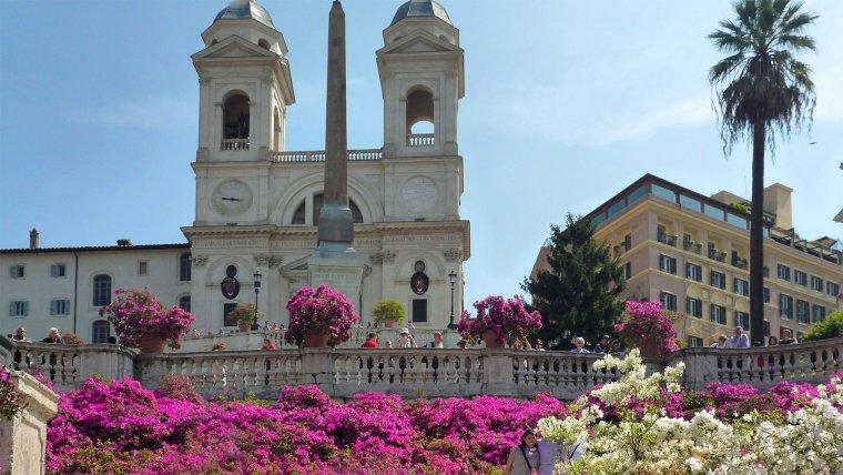 Rome Weather spring Piazza Di Spagna