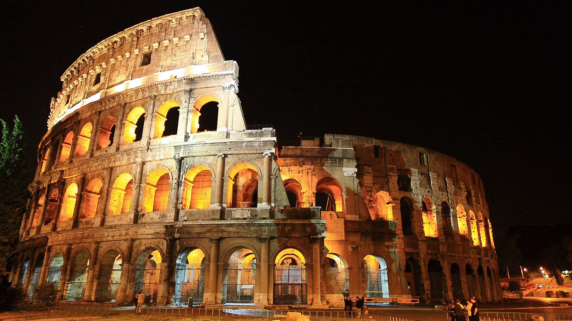Places to Visit in Italy Colosseum Rome