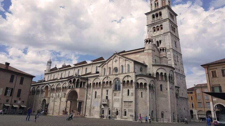 romanesque architecture duomo modena