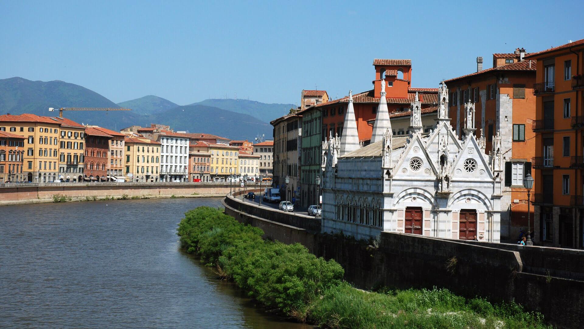 Santa Maria Della Spina Pisa Italy Arno River