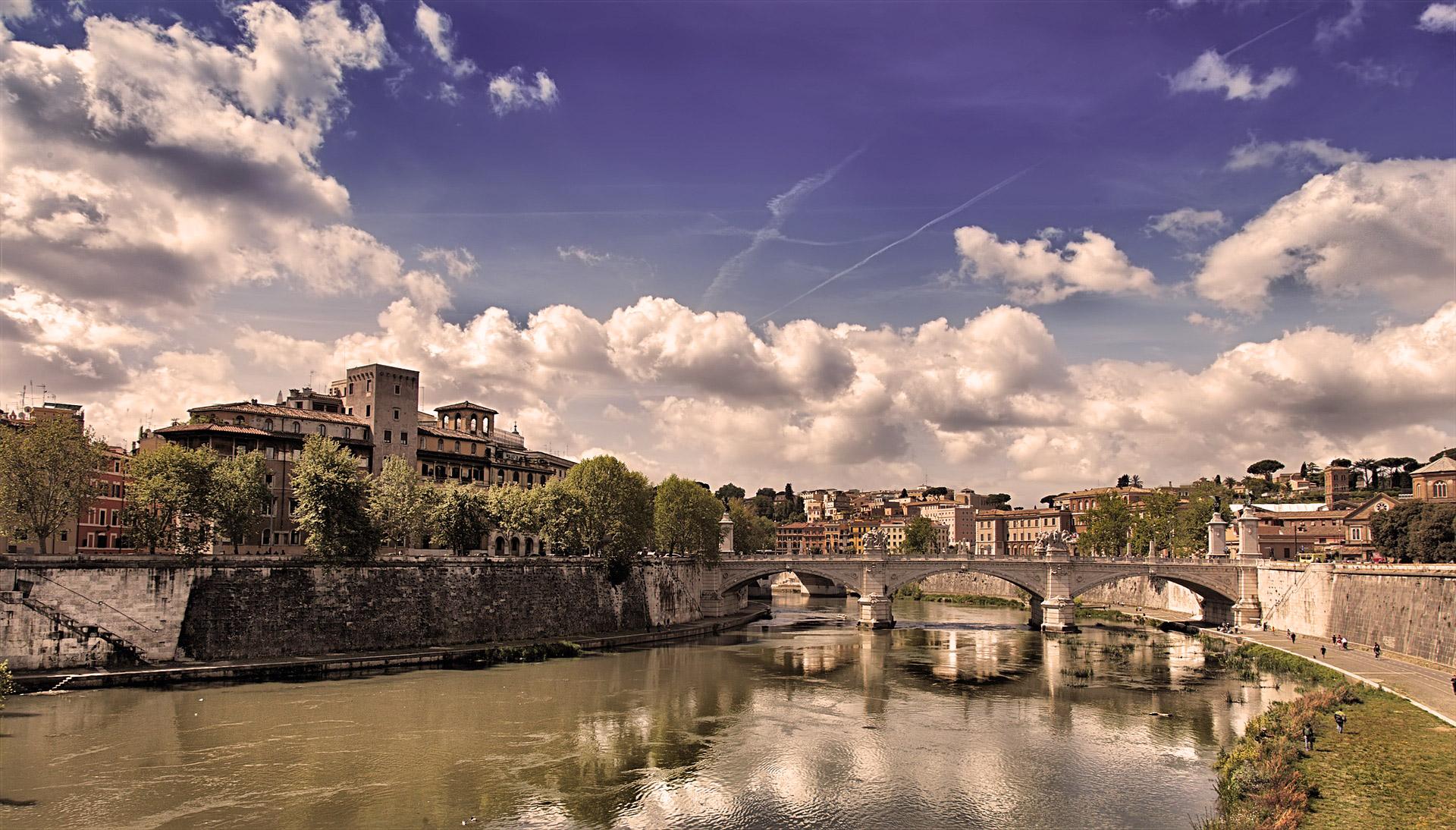 Tevere Rome